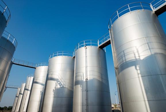 Guarnizioni per basse temperature per serbatoi di stoccaggio di solventi per semiconduttori