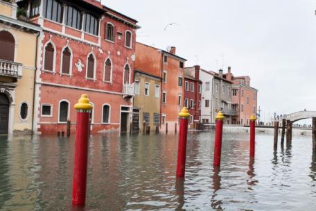PPE gioca un ruolo fondamentale nella prevenzione delle inondazioni a Venezia