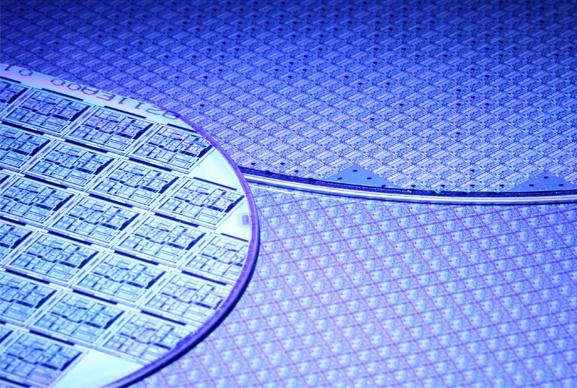 Semiconduttori, schermi piatti ed energia solare